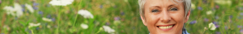 maturel_lady_flower_background.jpg